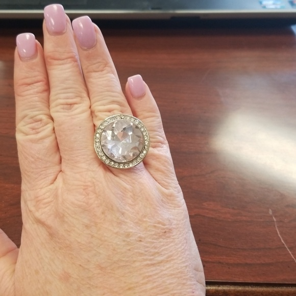 unknown Jewelry - Gold sparkly ring